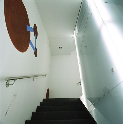 trans.form bildinstallation im hauptsitz der emmental versicherung, konolfingen, 2004-2005